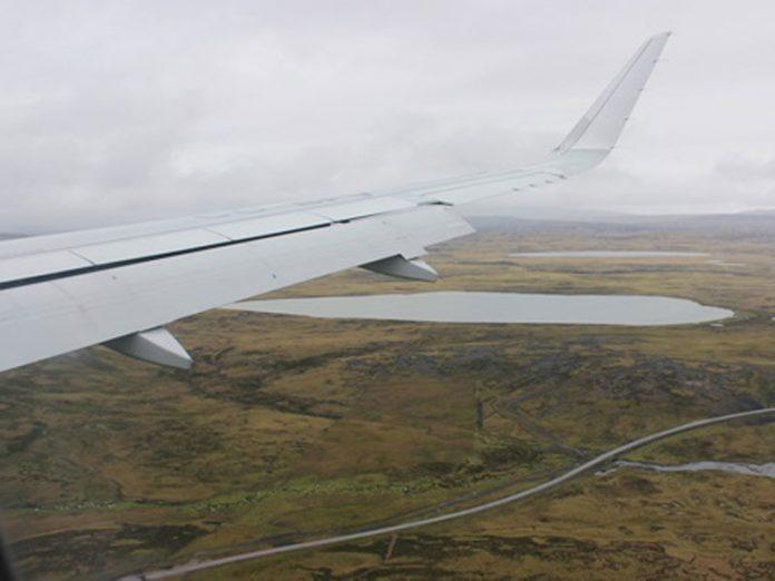 Argentina y Reino Unido buscan concretar vuelos semanales a las Islas Malvinas