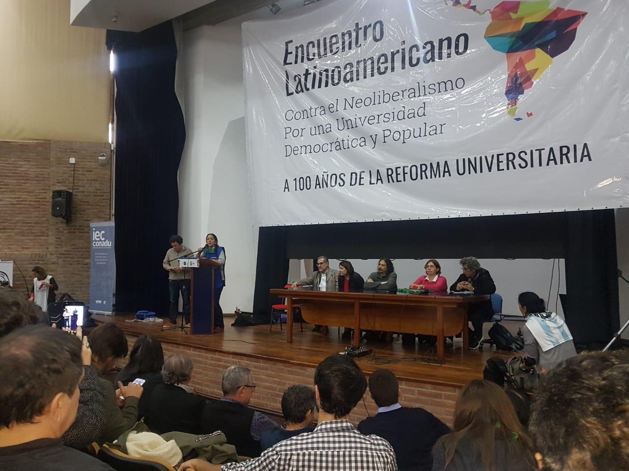 El ministro de Educación Alejandro Finocchiaro fue abucheado en Córdoba